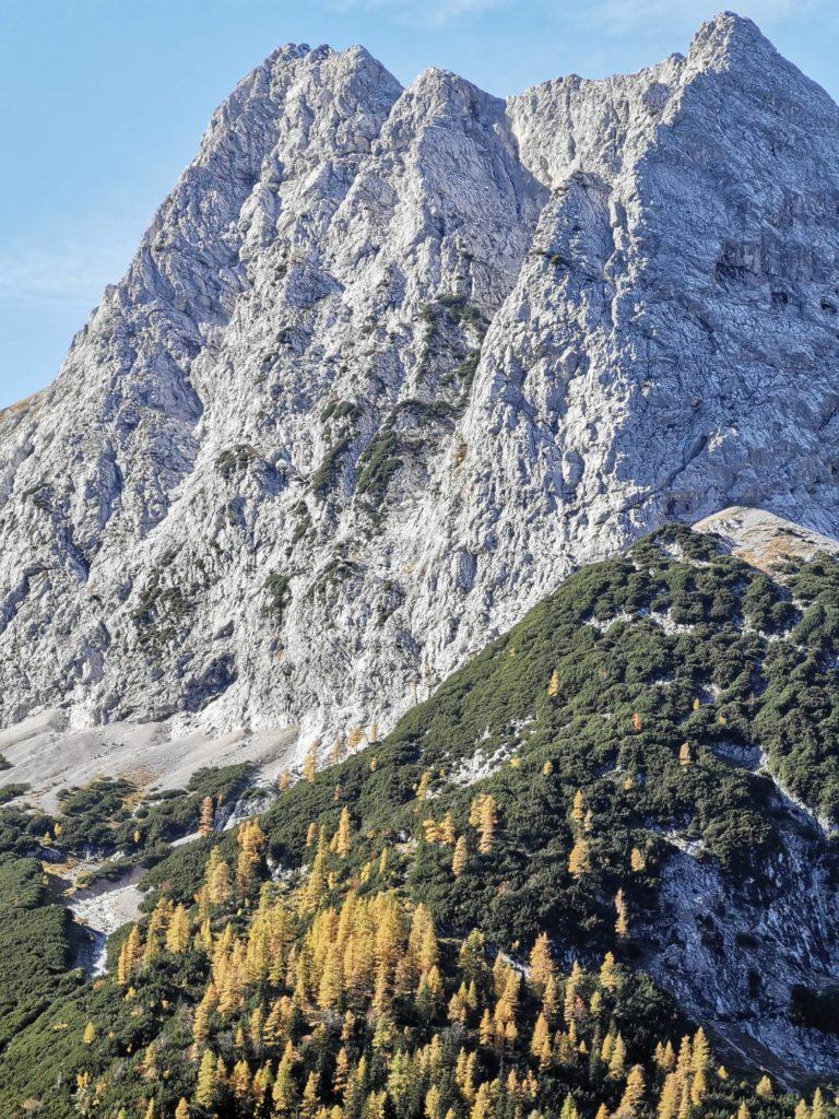 Sieht der Zugspitze zum Verwechseln ähnlich - die Mieminger Kette