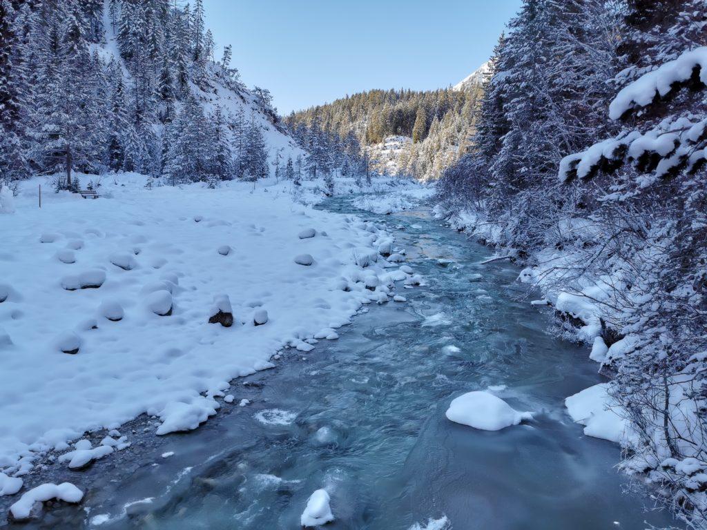 Gaistal Winter: Die kalte Leutascher Ache