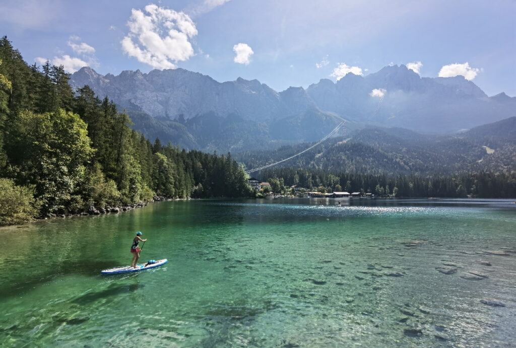 Bekanntester der Zugspitze Seen - der Eibsee in Bayern