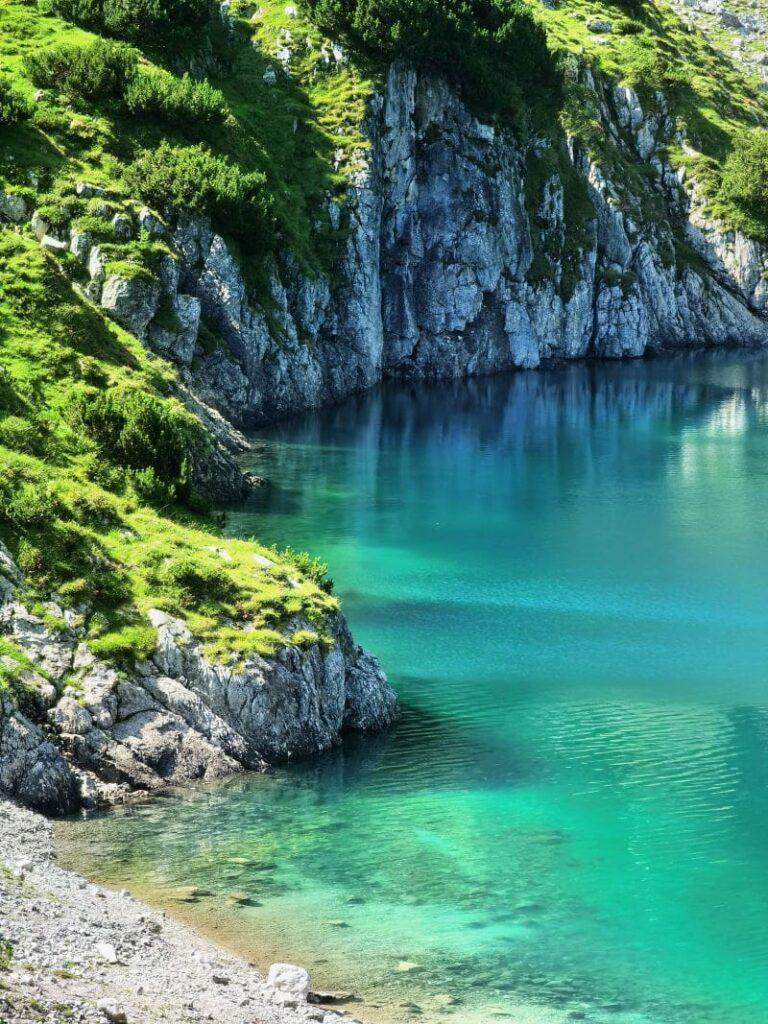 Der türkisgrüne Drachensee oberhalb vom Seebensee - berauschend schön!