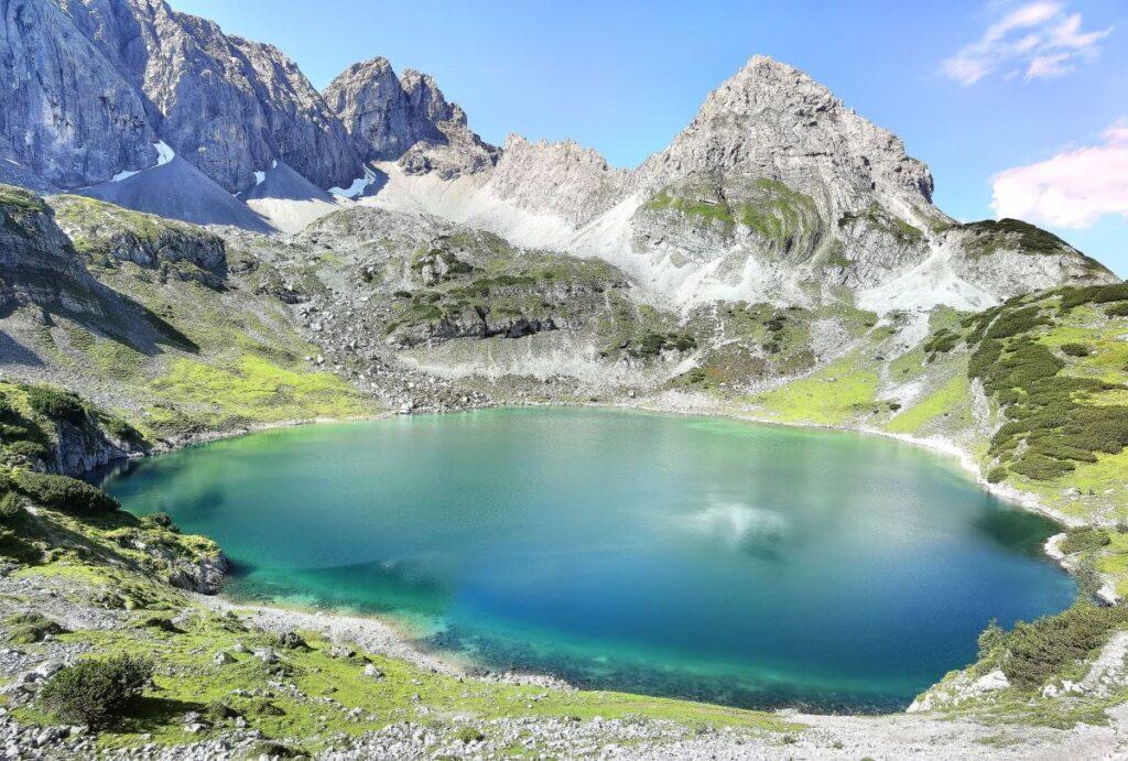 So schön liegt der Drachensee oberhalb vom Seebensee